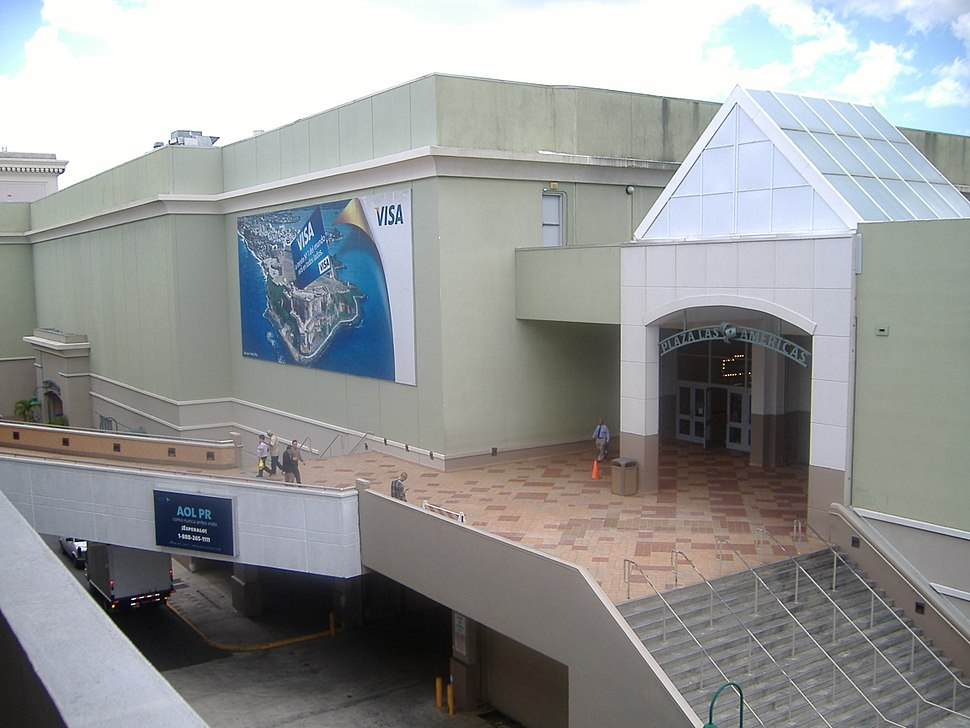 Plaza Las Americas Entrance