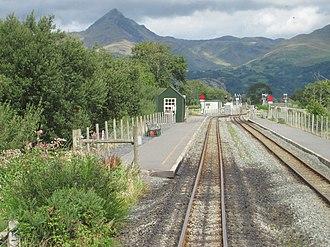 Pont Croesor railway station - The station looking north towards Nantmor and Caernarfon in 2013