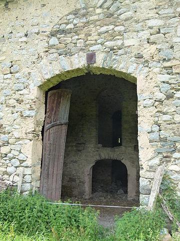 Fitxer portal i interior el castell vilallonga de ter for Portal del interior