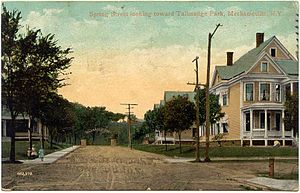 Mechanicville, New York - Image: Postcard Spring St Mechanicville NY1910