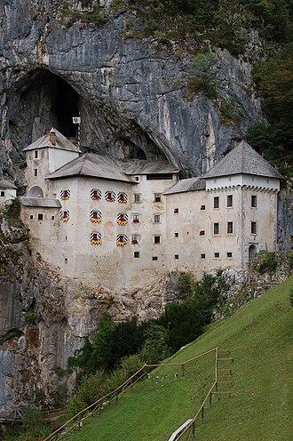 Inner Carniola - Image: Predjama Castle