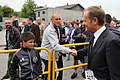 Premiera Donalda Tuska licznie witali mieszkańcy miejscowości Skępe (6162751405).jpg