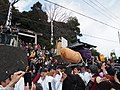 Procession with Ensured Phallus object, Hōnen Matsuri (Tagata Shrine) 2.jpg