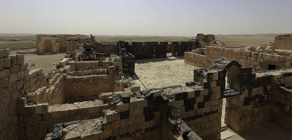 Qasr Al-Hallabat (Courtyard)