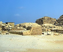 Giza pyramid complex - WikiVisually