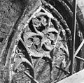 Raamtracering in koor (voor restauratie ) - 's-Gravenhage - 20085305 - RCE.jpg