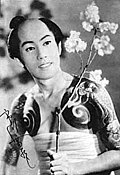 『次男坊判官』(1955年(昭和30年))出演時の八代目市川雷蔵