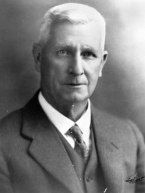 Reginald MacDonnell King, 1929.tiff