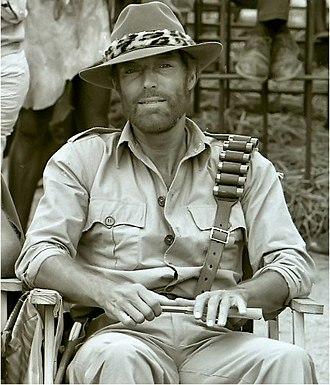 King Solomon's Mines (1985 film) - Richard Chamberlain in costume as Quatermain