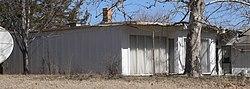 Richard E. Dill house (Alexandria, Nebraska) W arm.JPG