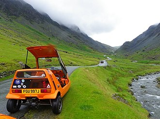 Bond Bug - Image: Road Up To Honister pass