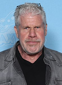 Ron Perlman Photo Op GalaxyCon Raleigh 2019.jpg