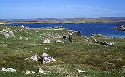 Ruins and landing place in Sandy Voe on Oxna - geograph.org.uk - 3595968.jpg