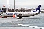 SAS (Eurobonus Livery), LN-RCY, Boeing 737-883 (31711968601).jpg