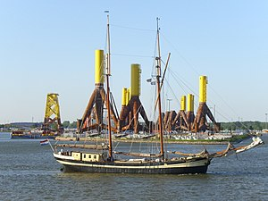 Sailing ship Zuiderzee with tripods.jpg