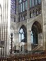 Saint-Denis (93), basilique Saint-Denis, nef, vue dans le croisillon nord.JPG