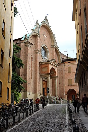 San Giovanni in Monte, Bologna - Facade as seen from a side street