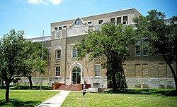 Built in 1927, (Henry T. Phelps) this is the eighth structure to serve as the San Patricio County Courthouse in Sinton.