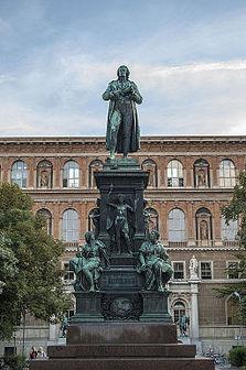 Schiller monument, Vienna.jpg