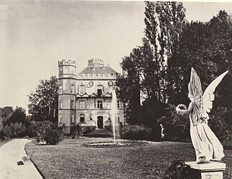 Berg Castle (Bavaria) - The castle as it appeared before World War II, from Joseph Albert's Bayerische Königsschlösser, c. 1886