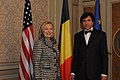 Secretary Clinton Meets With Belgian Prime Minister Di Rupo (6944434472).jpg