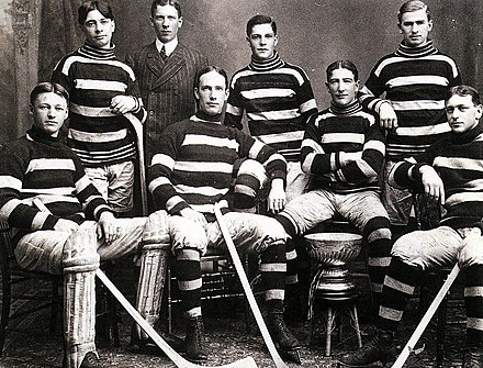 "The Ottawa Hockey Club ""Silver Seven"" (the original Ottawa Senators), 1905 Stanley Cup champions Silver7.jpg"