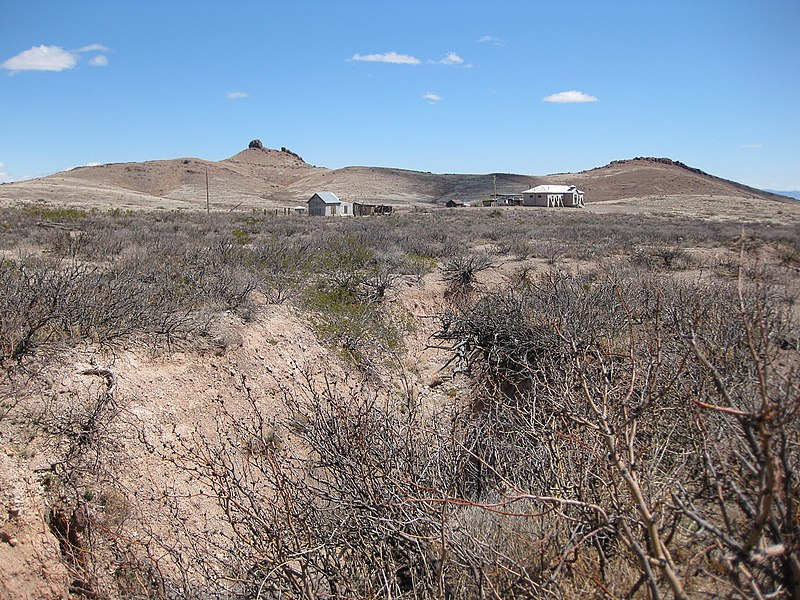 File:Silver mining ghost town of Lake Valley, Looking E, Sierra County, NM, USA - panoramio (1).jpg