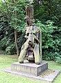 Skulptur Robert-Rössle-Str 10 (Buch) Anabase&Rolf Szymanski&1983.jpg