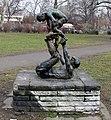 Skulptur Rudolfplatz (Frhai) Spielende&Wilfried Fitzenreiter&1975.jpg