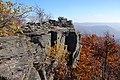 Sninský kameň v jeseni 008.jpg