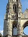 Soissons (02), abbaye Saint-Jean-des-Vignes, abbatiale, tour nord, étage de beffroi et 1er étage, vue depuis l'ouest.jpg