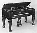 Square Piano MET 210060.jpg