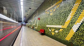 Bucharest Metro - Grozăvești metro station