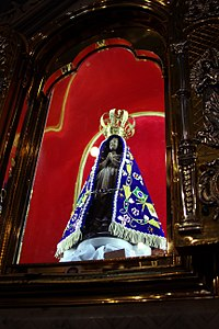 Statue of Our Lady of Aparecida (replica) - Old Basilica of Aparecida - Aparecida 2014 (3).jpg