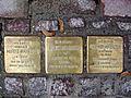 Stolpersteine Röhnstraße 2.jpg