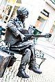Street Performer (35139518916).jpg