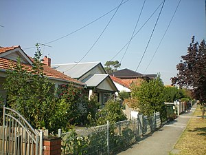 Preston, Victoria - Houses along Gower Street