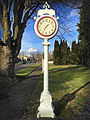 Sumner, WA — Street clock on the Park St.jpg