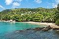 Sunset beach auf der Insel Mahe, Seychellen (39619321231).jpg