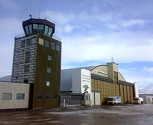 Svalbard Airport, Longyear - The tower and hangar