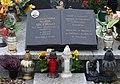 Tablica pamiątkowa ustawiona w Węgoju (Warmia, niedaleko Biskupca) na płycie grobu Aleksandra Szczygło.jpg