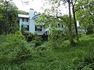 Ten Chimneys - Image: Ten Chimneys Main House, back, 2