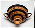 Terracotta kylix- Siana cup (drinking cup) MET GR1078.jpg