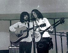 The Byrds Clarence White and Rober McGuinn 1972.jpg