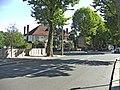 The Gryphon, Vera Avenue, Grange Park, N21 - geograph.org.uk - 315734.jpg