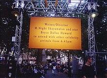m night shyamalan � wikip233dia