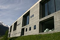 Therme Vals wall structure, Vals, Graubünden, Switzerland - 20040530.jpg