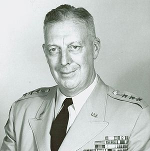 Thomas Leonard Harrold - Harrold as Commandant of the National War College