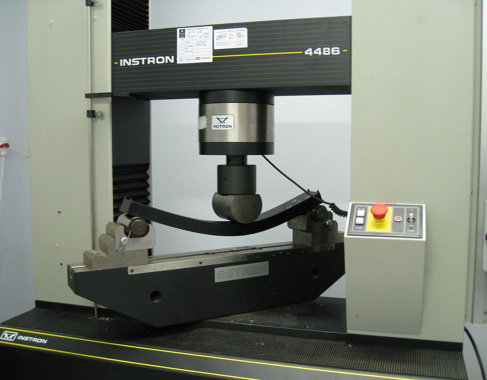 Hydraulic Frame Clamp With Vacuum Bed