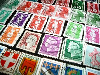 Carré Marigny - Assorted French postage stamps